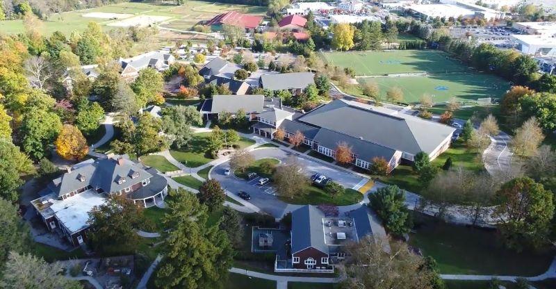 格瑞森林中学
