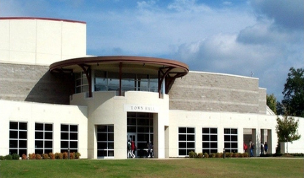 印第安泉中学 - Indian Springs School | FindingSchool