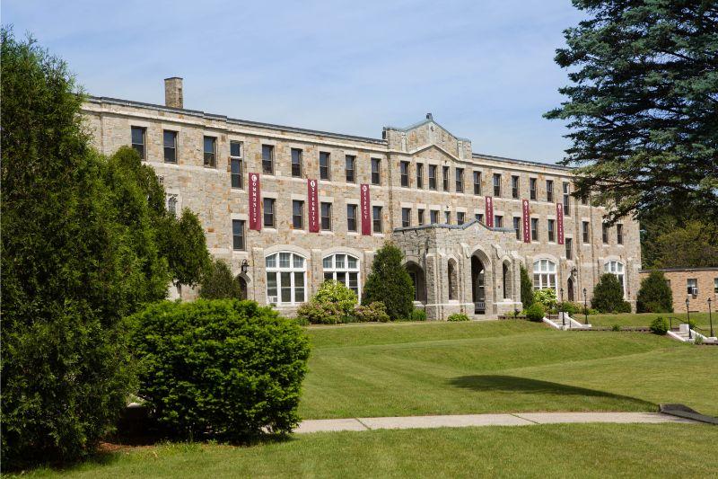 马杜菲学校