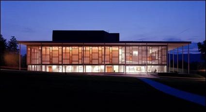 摩尔西斯堡学院