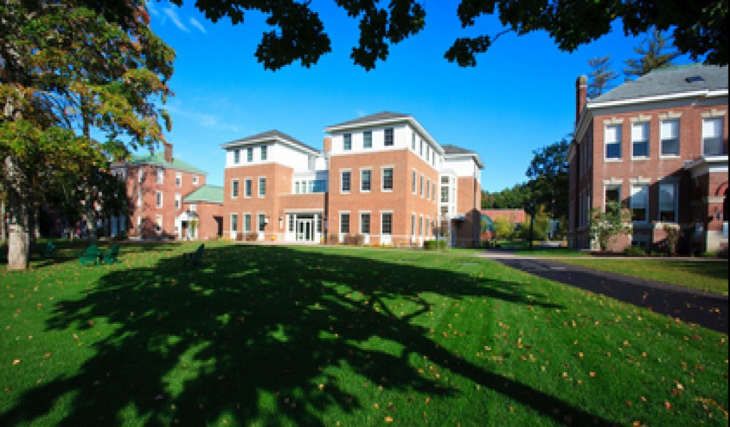 新汉普顿中学 - New Hampton School   FindingSchool