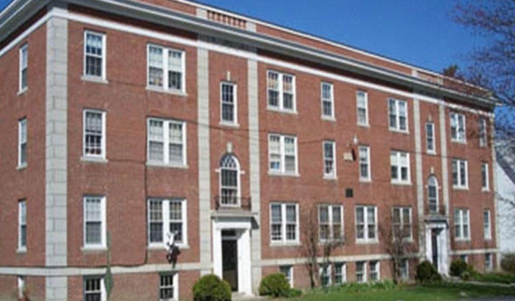 缅因中央高中 - Maine Central Institute | FindingSchool