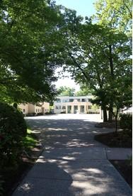 哈姆登霍尔学校