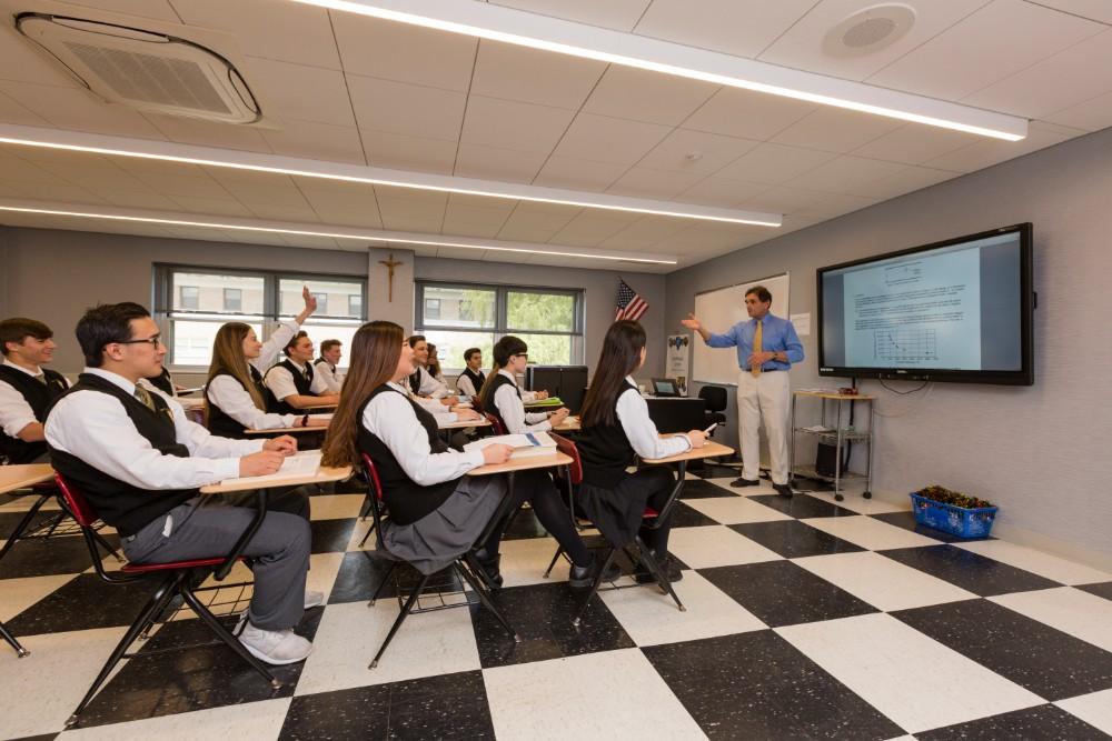 美国圣安东尼高中