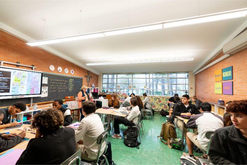 圣皮尔斯高中