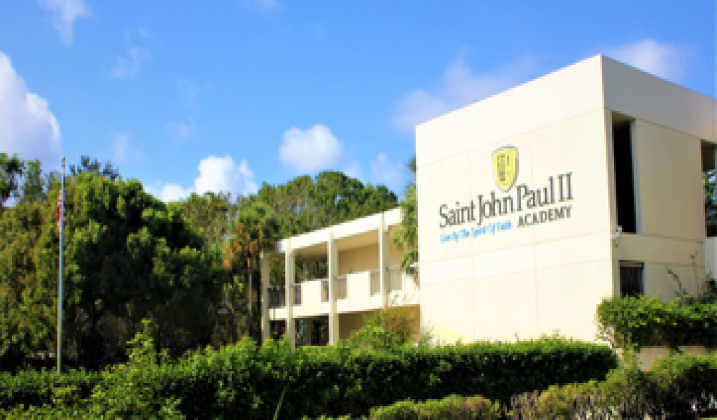圣约翰保罗二世高中 - Saint John Paul II Academy | FindingSchool