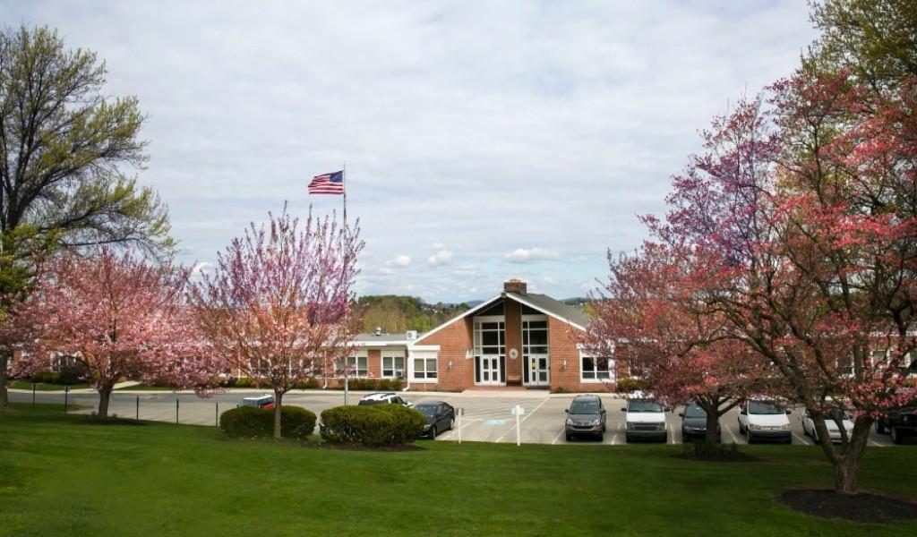 约克中学 - York Country Day School | FindingSchool