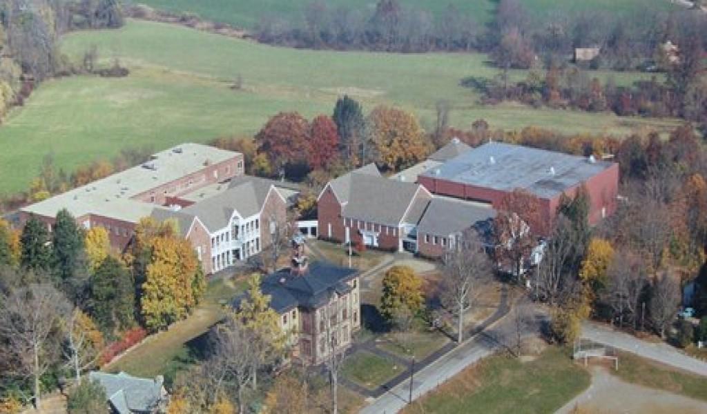 伍德斯托克学院 - Woodstock Academy | FindingSchool