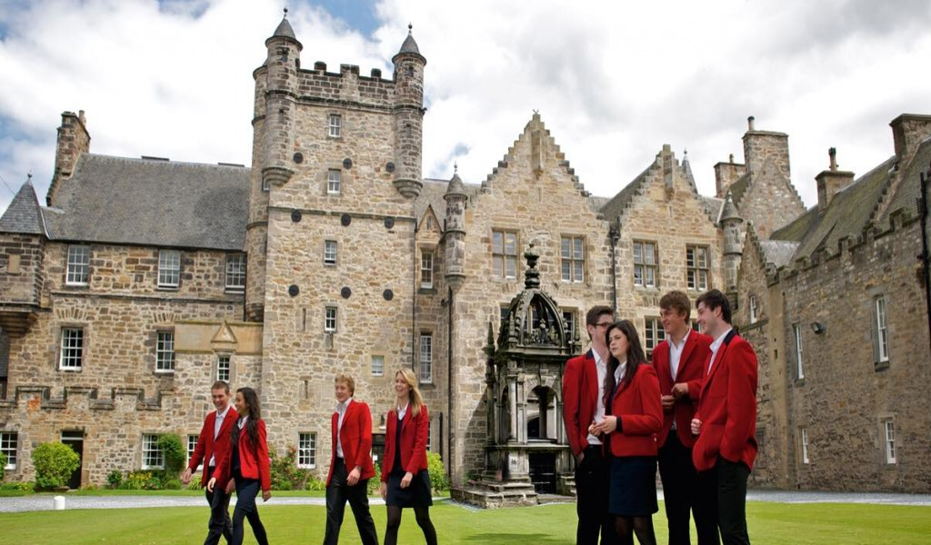 劳莱特学校 - Loretto School | FindingSchool