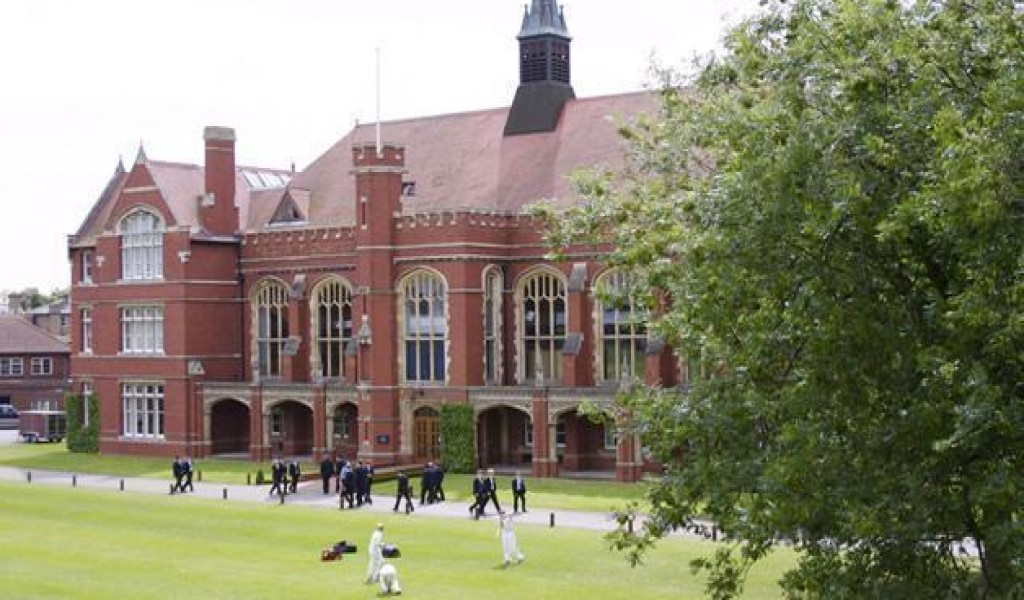 贝德福德中学 - Bedford School | FindingSchool