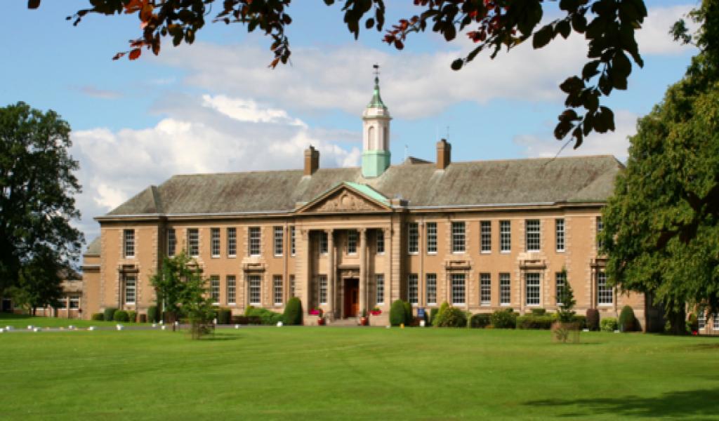 莫契斯东中学 - Merchiston Castle School - Edinburgh | FindingSchool