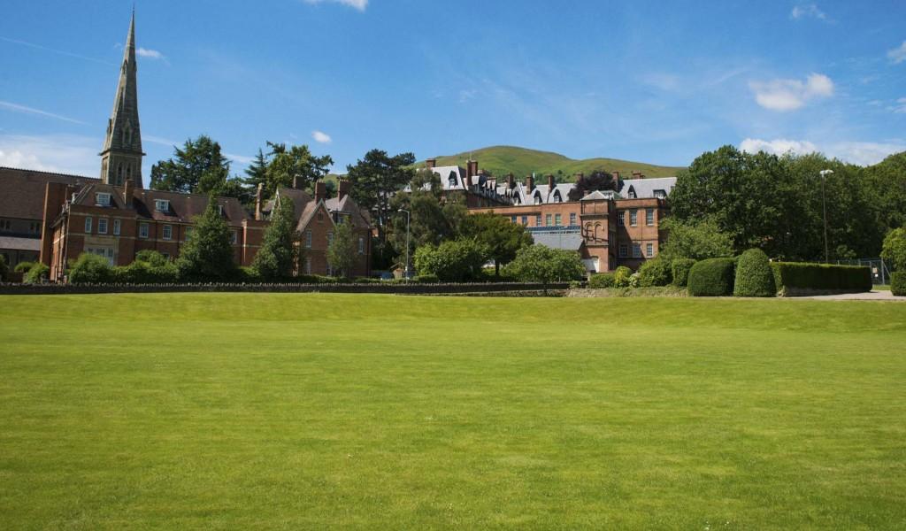 莫尔文圣詹姆士女校 - Malvern St James Girls' School | FindingSchool