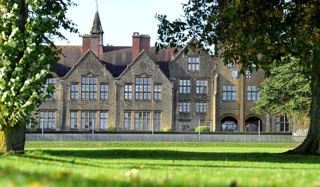 谢伯恩女子中学 - Sherborne School for Girls   FindingSchool