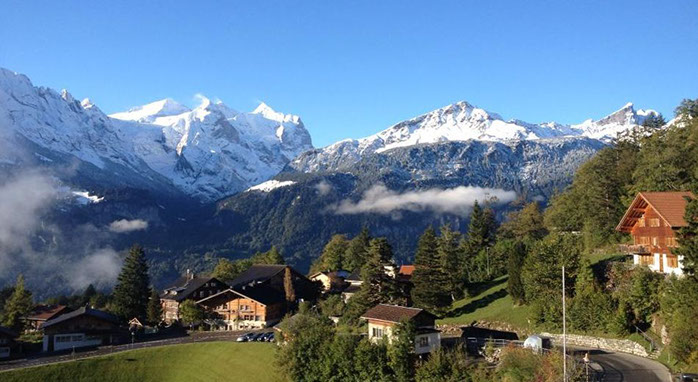瑞士人文学校