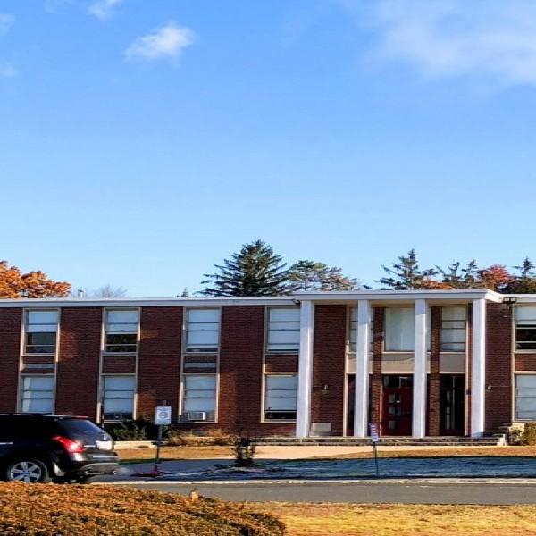 美國斯普林菲爾德康門威爾斯學校