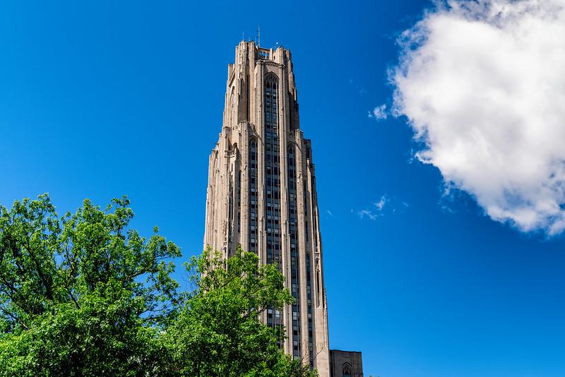 匹兹堡大学 - The Cathedral of Learning on the college campus - University of Pittsburgh