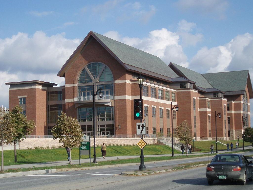 佛蒙特大学 - Davis Center, the student resource center of the university completed in the fall of 2007 - University of Vermont